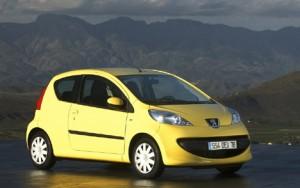Peugeot 107 не замен на дорогах города